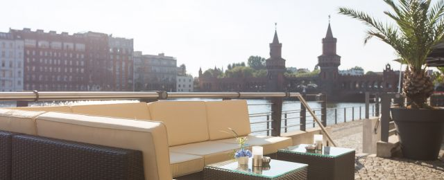 Meeting Guide Berlin, Eventlocation Berlin, Capitol Yard Golf Lounge, Terrasse