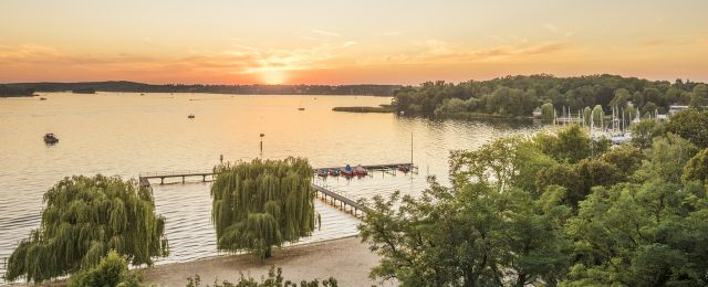 Blog BerlinMeetings, Eventlocations am Wannsee, Blick auf den Wannsee bei Sonnenuntergang