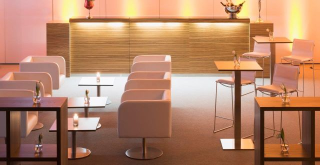 Lounge furniture and bars by servicepartner and sustainable partner RENT4EVENT