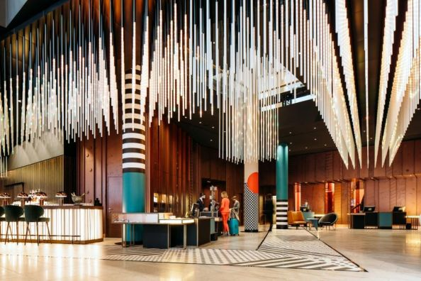 Blog Berlin Meetings, Bauhaus Architectural Highlights, Lobby Interior Hotel Pullman Berlin Schweizerhof